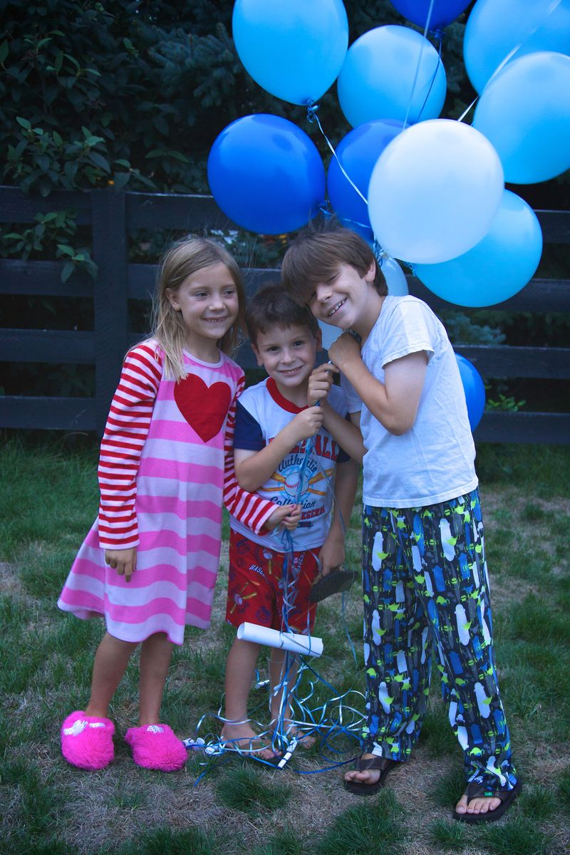 Assumption balloons 20120815 13315